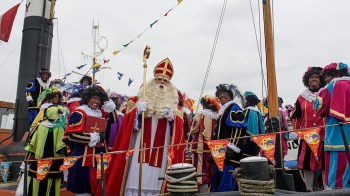 De Sint is gereed om Den Helder te ontmoeten (DHfoto)