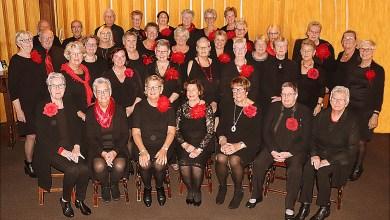 Photo of Vrouwenkoor No Name geeft Kerst Sing Inn