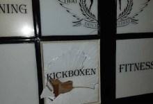 Photo of Man slaat raam in van sportschool