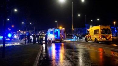 Photo of Scooterbestuurder gewond op rotonde Kievitstraat