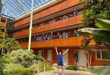 Photo of Voetjes van de balkonvloer op Nationale Balkon Beweegdag (video)
