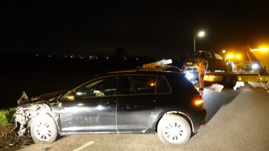 Photo of Dronken bestuurder ramt twee auto's