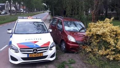 Photo of Politie rijdt gestolen auto klem