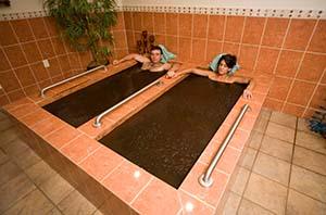varm lerbad höjer ledrörlighet vid reumatiska sjukdomar rehabresor turkiet