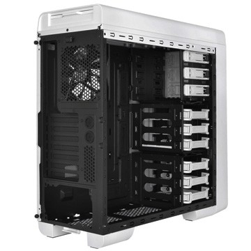 Thermaltake svela il Mid Tower Urban S31 Snow Edition