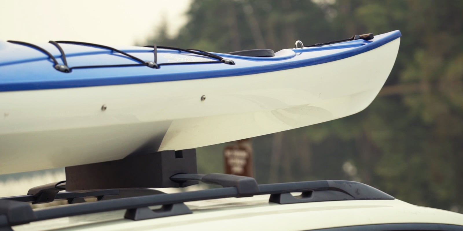 how to tie down transport a kayak