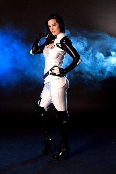 lindze meritt as miranda lawson