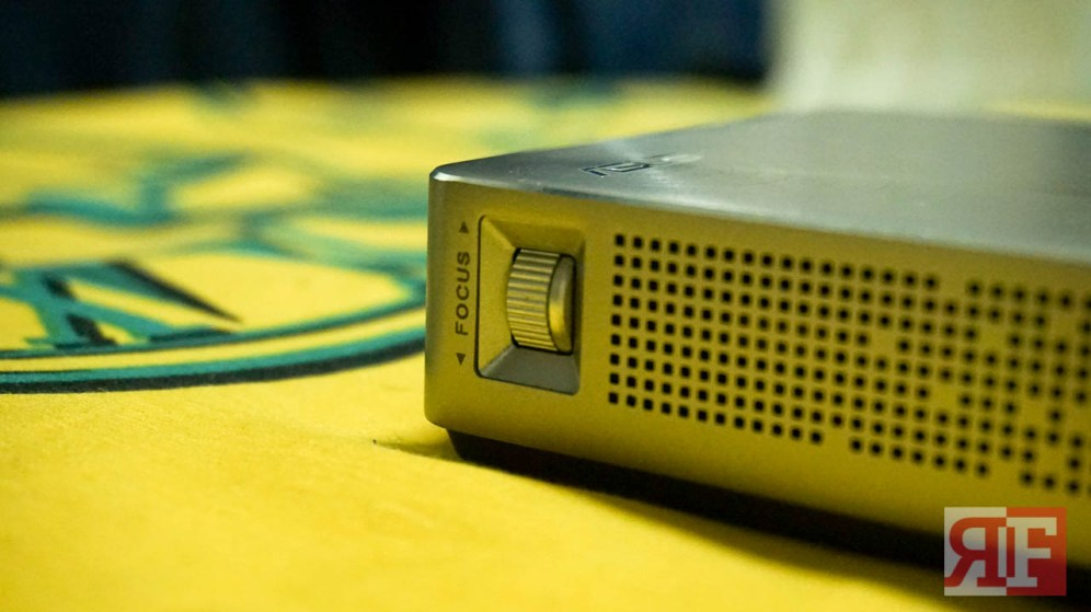 asus-s1-projector-5-of-10