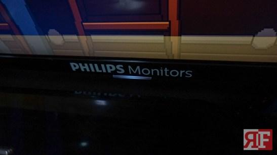 Philips 4K Ultra HD LCD display-2