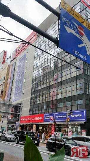 mecha fridays exploring the gundam store at yamada denki