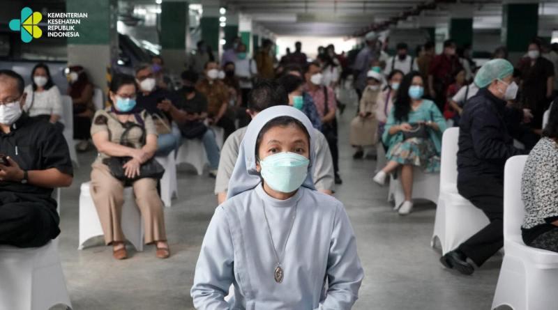 Kemenkes Dan Kemenag Gelar Vaksinasi Massal Covid- 19 Untuk 1000 Tokoh Lintas Agama