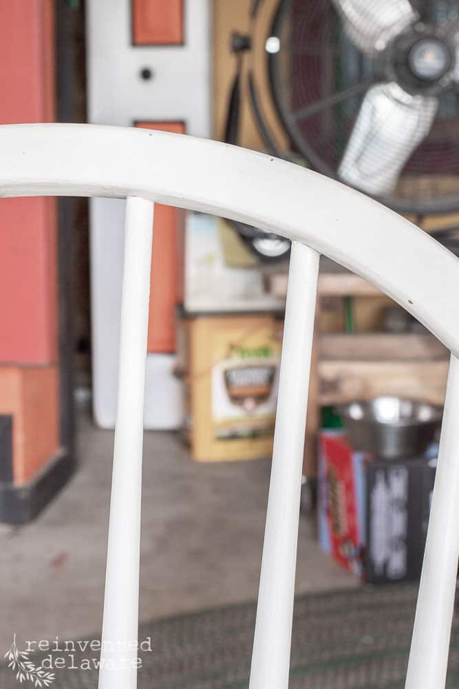 Want to know how easy it is to strip paint off of furniture?  I've got you covered!  I will walk you step-by-step how to strip paint from furniture! #customfurniture #furnituremakeover #diyfurnituremakeover