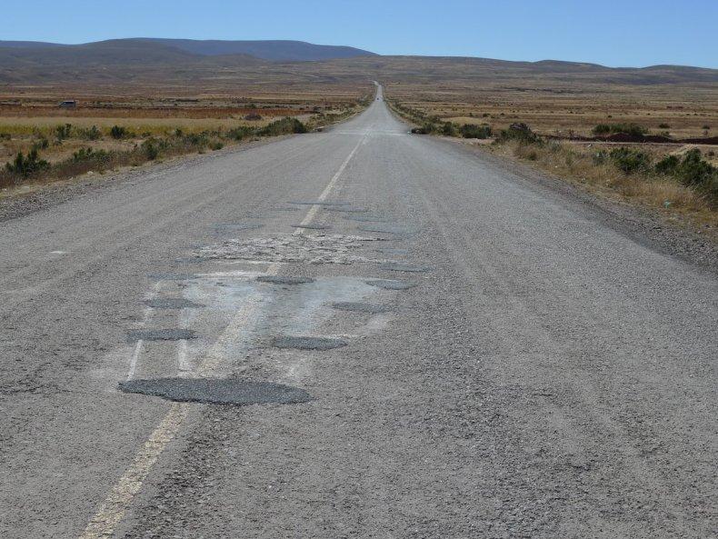 Wieso nicht auch mal die wenig befahrene Straße trampen?
