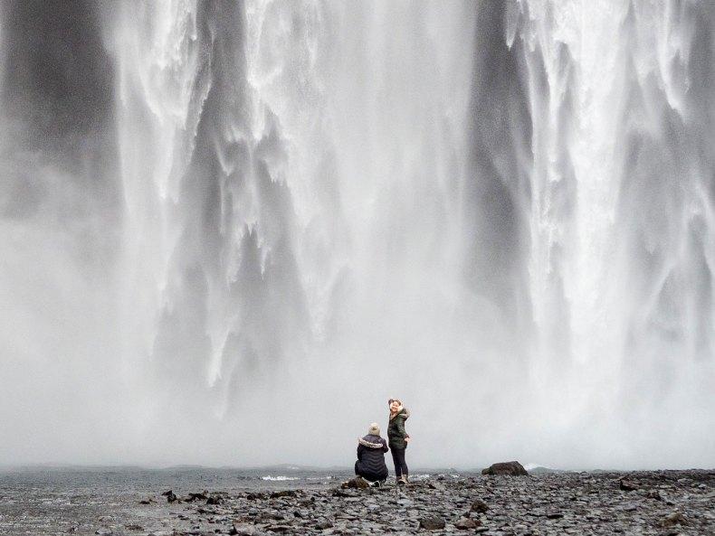 Island im Winter – von wilden Fällen und leisen Wassern