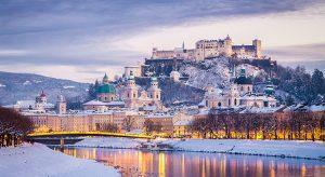 Blick auf Salzburg zur Weihnachtszeit (Bigstock.com / Ibryan)