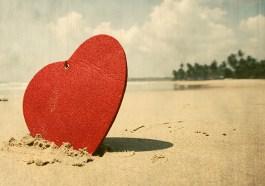 Eine Reise schenken zum Valentinstag (F: Bigstock / melis)
