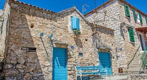 Ferienhaus in Kroatien (F: Bigstock / Vrabelpeter 1)