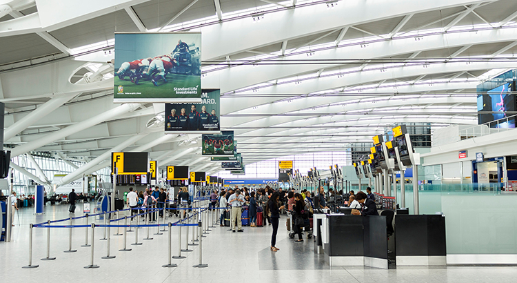 London Heathrow: Terminal 5 (F: Bigstock / Paul Maguire)