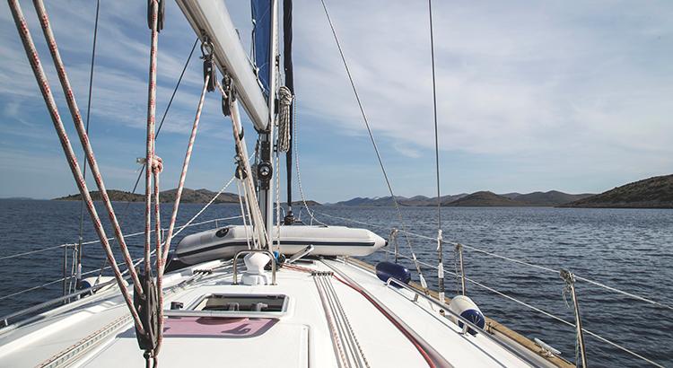Der Traum vom Urlaub auf der eigenen Yacht....(F: Rawpixel / Milada Vigerova)