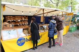 Frisches Brot gibt es in Berlin Boxhagener Platz, Kürbis