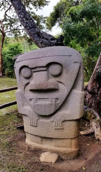 48 - gräber_san agustín_kolumbien (601x1024)