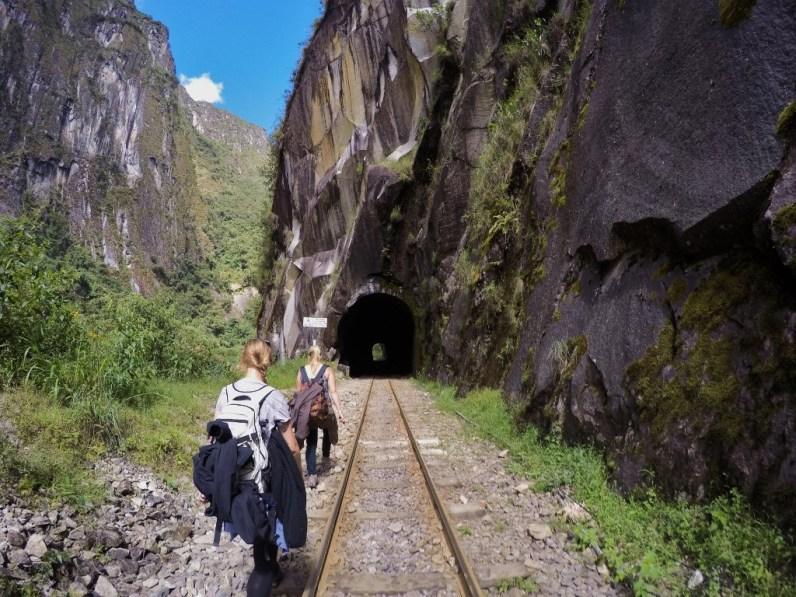 Machu Picchu die weltbekannte Inka-Stadt, eines der neuen Weltwunder in Peru, Ruinenstadt, Cusco, UNESCO, Huayna, Tunnel