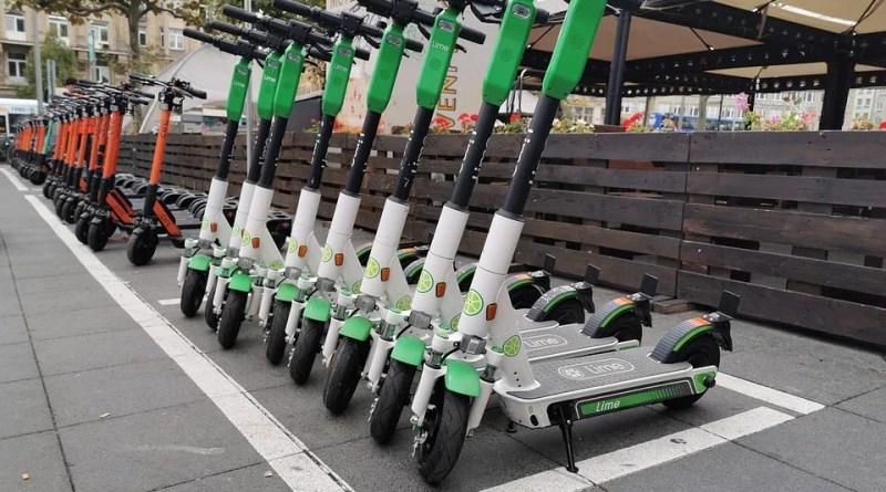 Roller E-Scooter