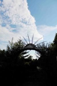 Eingang zum WELEDA-Heilpflanzengarten