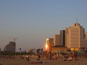 Tel Aviv im Sonnenuntergang