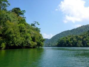 Auf dem Río Dulce nach Livingston