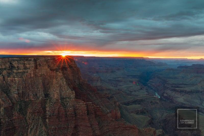 Sonnenuntergang am Grand Canyon USA