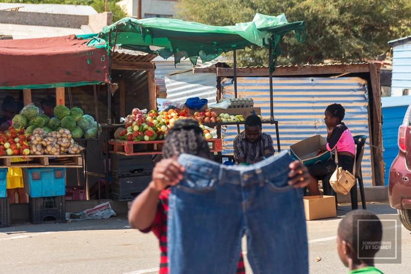 Namibia Rundreise – Straßenbild