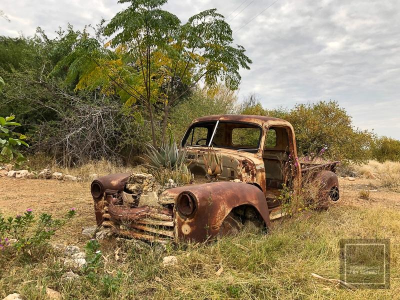Namibia Rundreise 4 - altes Auto