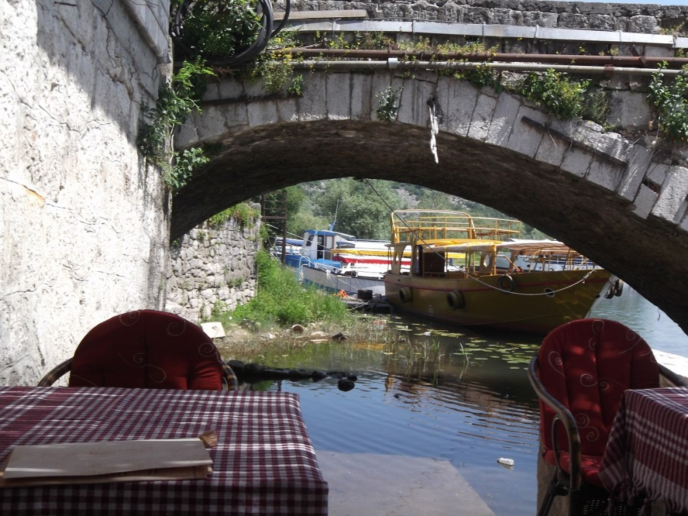Montenegro både