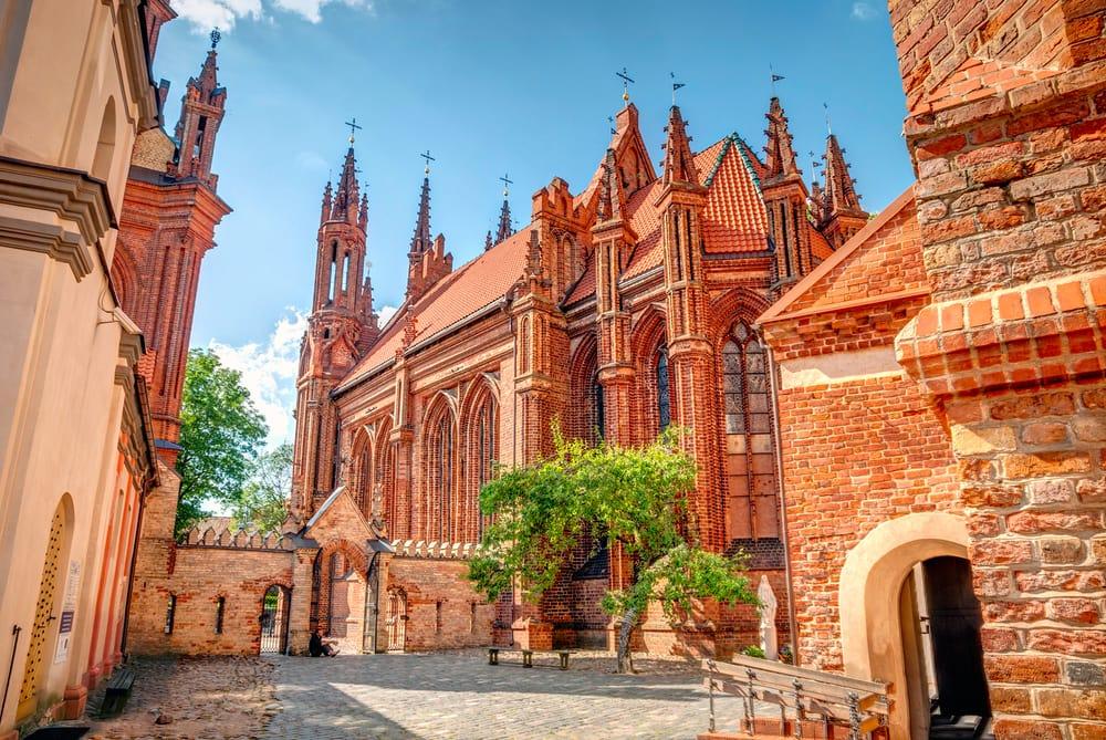 Vilnius i Litauen - St. Annes Kirken