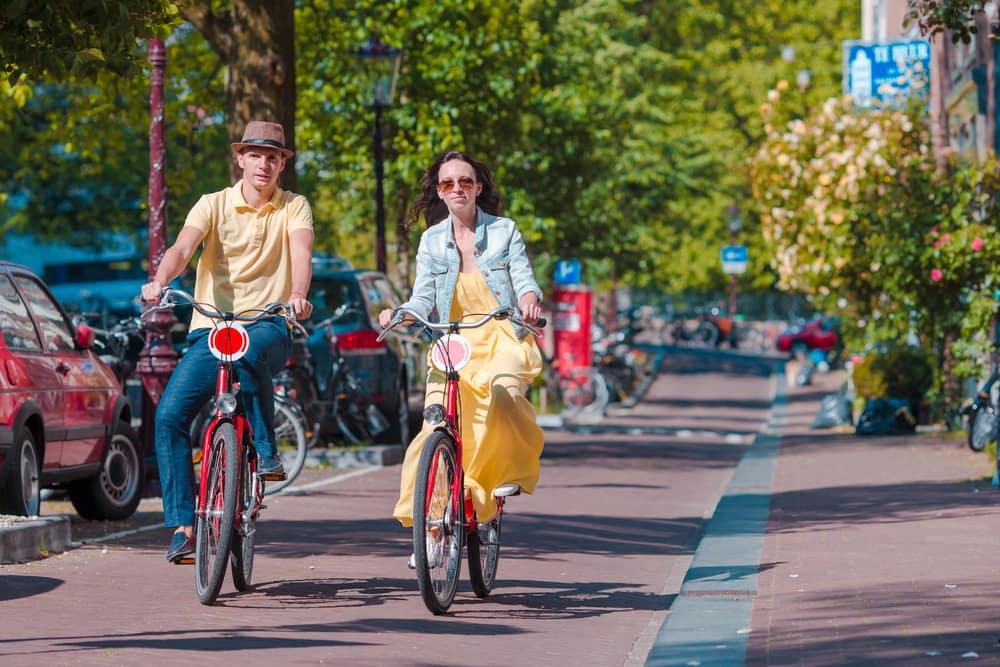 Cykelbyen Amsterdam i Holland