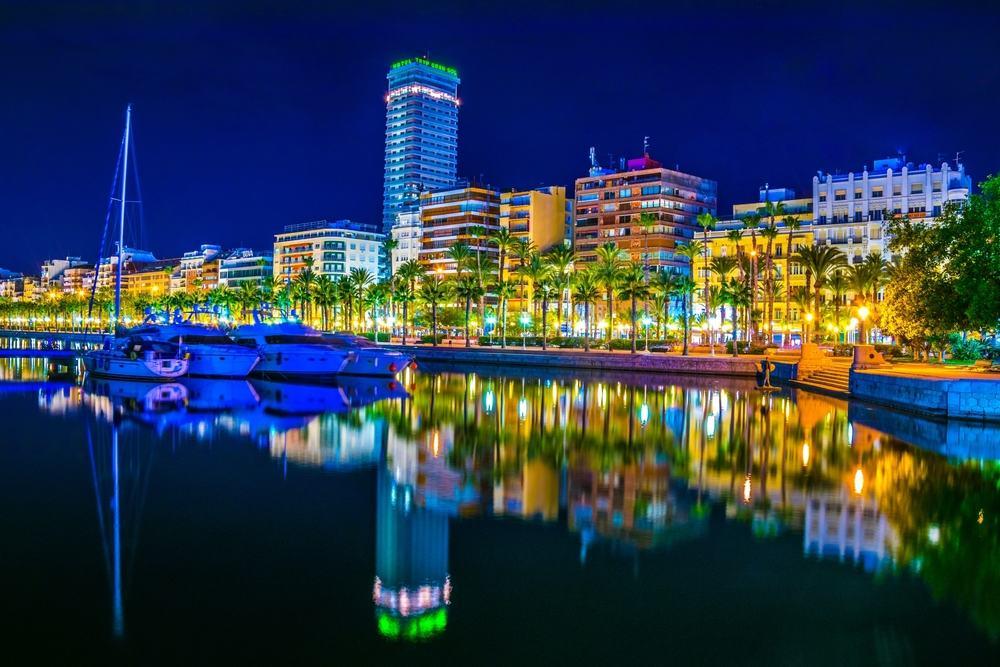 Marinaen - Alicante i Spanien