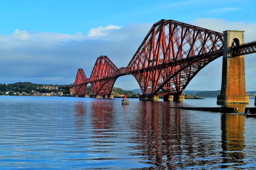 Forth Bridge - Edinburgh i Skotland