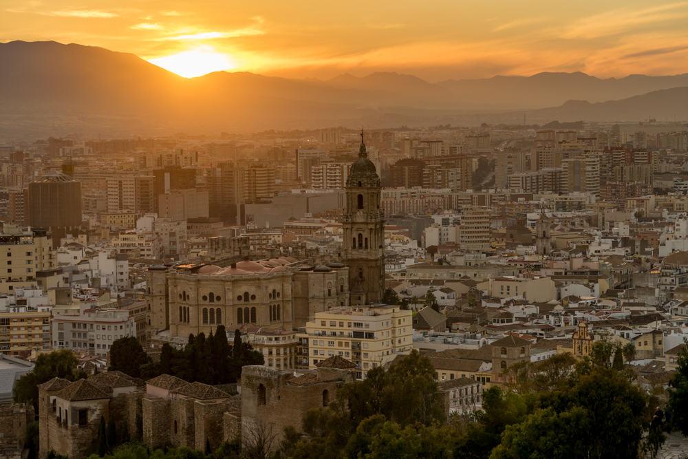 Solopgang i Malaga i Spanien