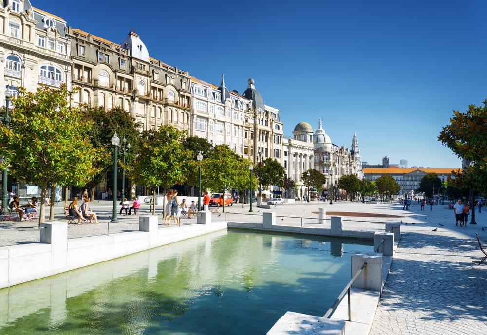 Avenida dos Aliados - Porto i Portugal