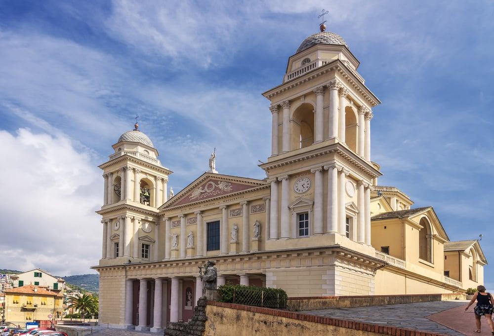 Kirke - Ligurien i Italien