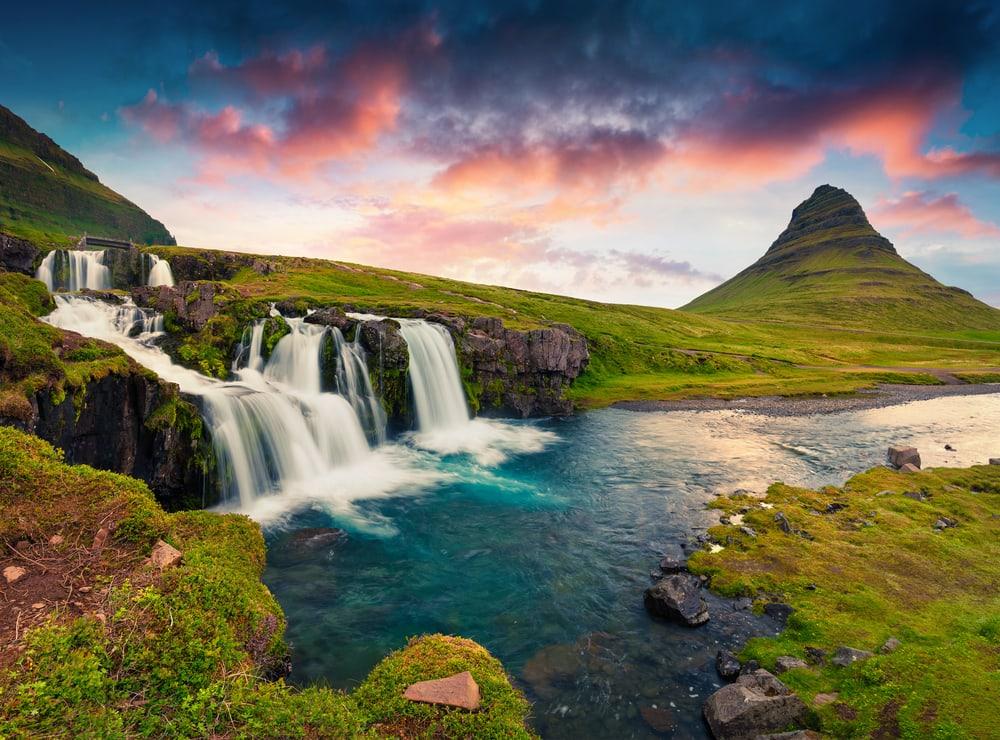Kirkjufellsfoss vandfaldet i Island