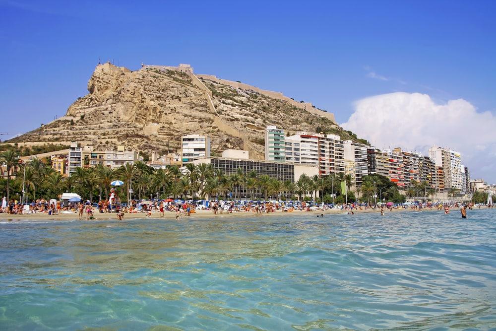 Alicante stranden - Alicante i Spanien