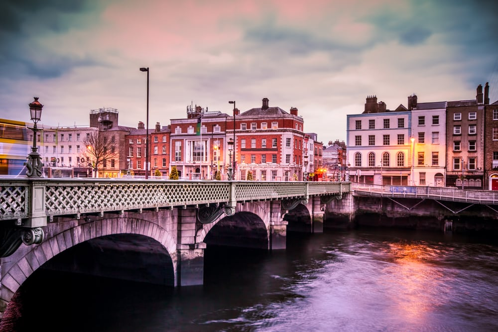 Grattan Bridge - Dublin i Irland