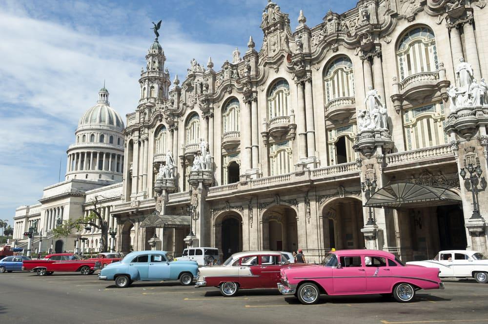 Gamle amerikanerbiler på Havana - Cuba