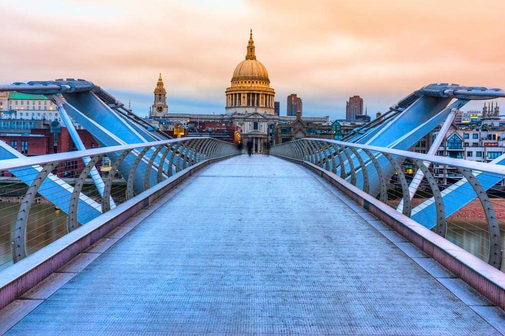 Millennium Bridge - London i England
