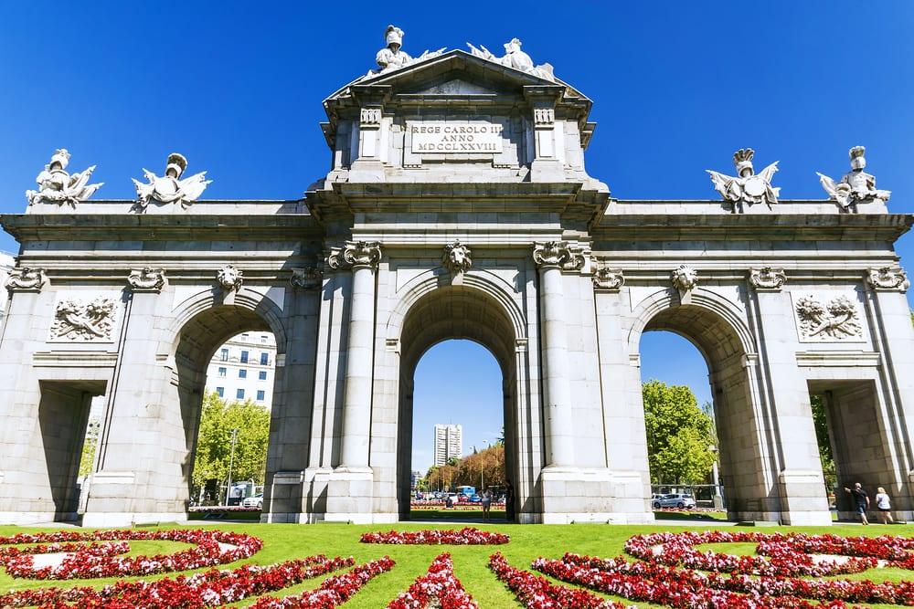 Puerta de Alcala - Madrid i Spanien