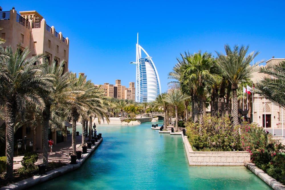 Burj al Arab i baggrunden - Dubai