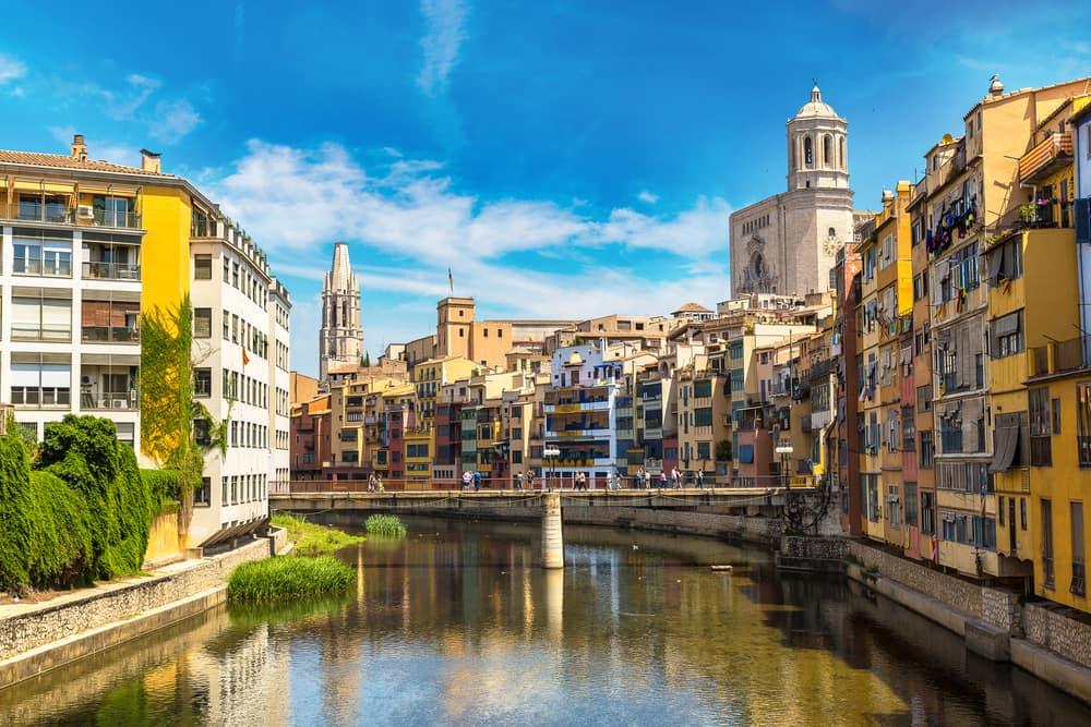 billige flybilletter til Girona