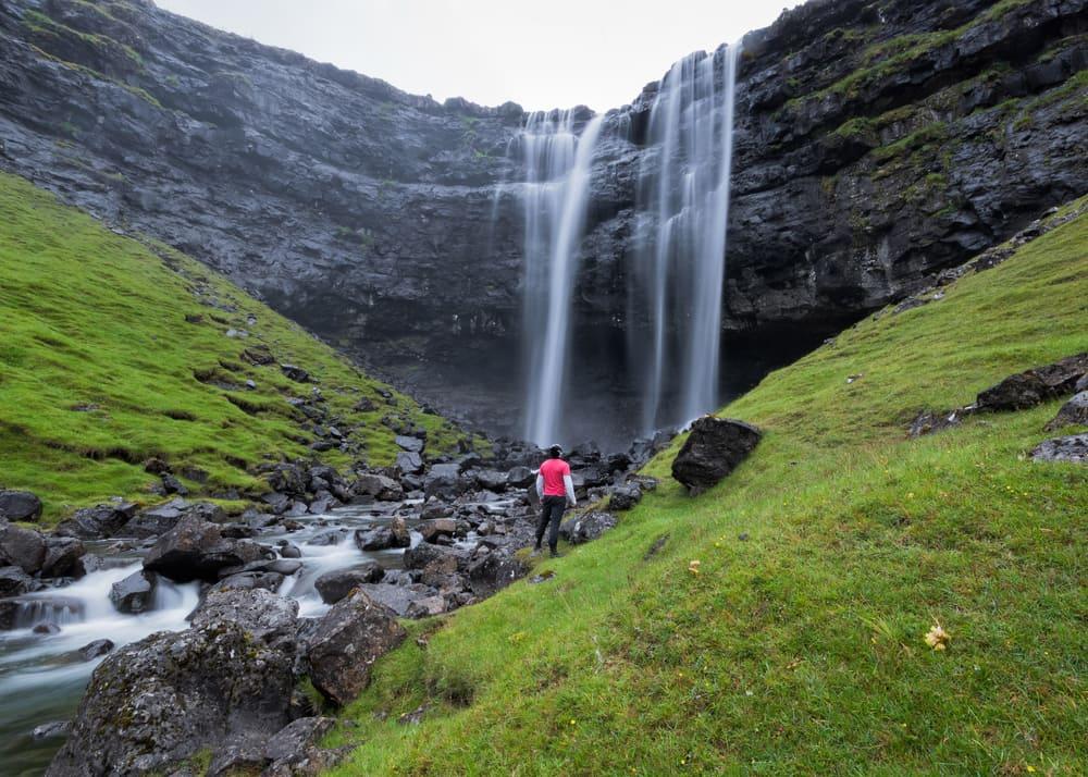 Fossa vandfaldet på Færøerne